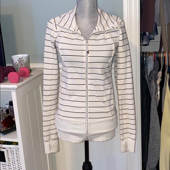 lululemon athletica Jackets & Blazers - Lululemon jacket